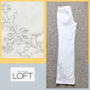 LOFT floral embroidered bootcut jeans sz 4